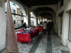 mercatino4